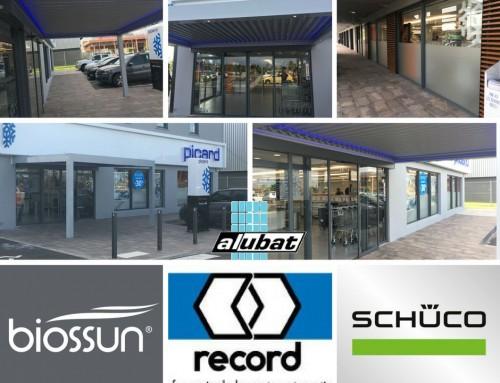 Pergola Biossun, Portes Automatiques RECORD et Façade SCHUCO pour le magasin Picard du Centre Commercial Collin's en Guadeloupe